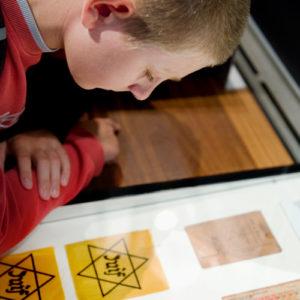pédagogie enseigner histoire Shoah primaire