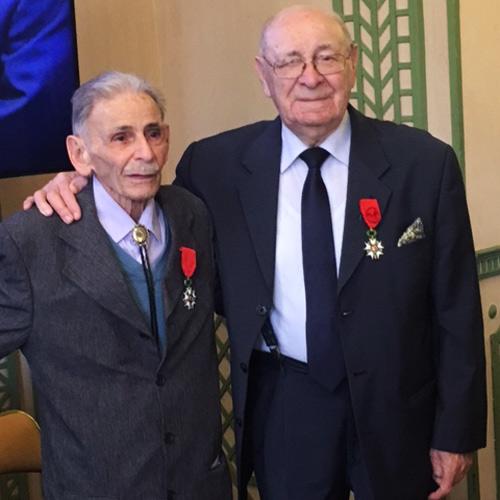 Addy Fuchs et Milo Adoner recevant la Légion d'Honneur en 2016