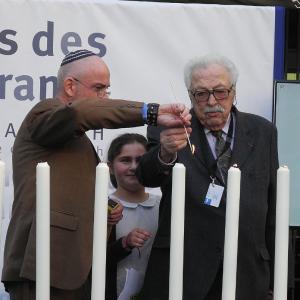 Charles Baron au Mémorial de la Shoah le 4 mai 2016, lors de la cérémonie de Yom Hashoah